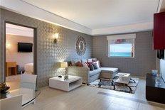 Aloft Hotel Suite